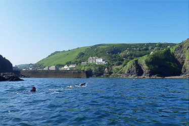 sea swimming to port isaac, cornwall