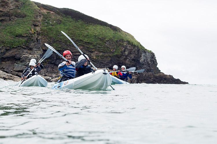 sea kayaking in north cornwall