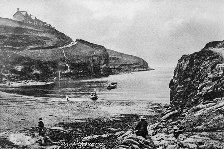 vintage photograph of port gaverne, cornwalll