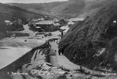 vointage photograph of port gaverne, north cornwall, by a cowling
